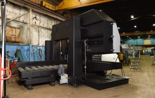 H-40/40 8 Feet Of Powered Rollers Are Built Into The Bed Of The Machine