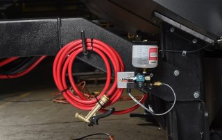 V-25 Wash down hose and optional mist lubrication