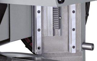 C350-2AV sawing head movement on double linear rails
