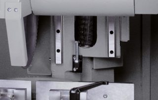 CNF400CNC sawing head movement on double linear rails
