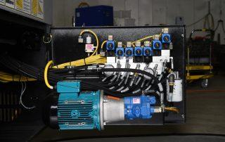 M-16A easy access hydraulics